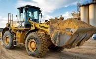 Gépi Földmunkák Kiss Ákostól: komplett földmunkák kivitelezéséhez, szolgáltatásához keresse fel a szakembert: www.foldmunkak.eu