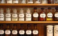 Gyógyszertári polc – a gyógyszertár építésére kivételesen szigorú szabályok vonatkoznak